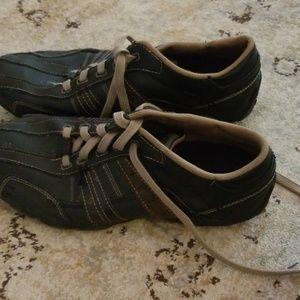 Sketchers mens shoes